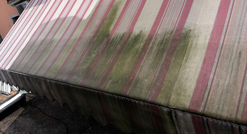 Telo tenda da sole sporco
